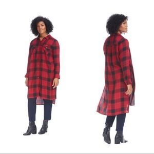 Jessica Simpson red and black plaid duster top